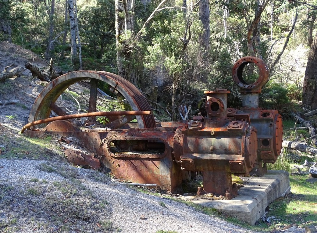 old-storey-creek-mining-equipment